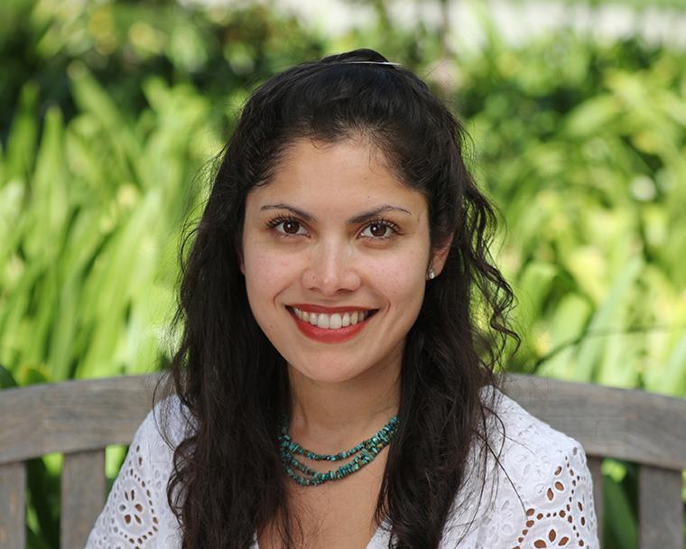 Visit Profile of Jesica Fernandez