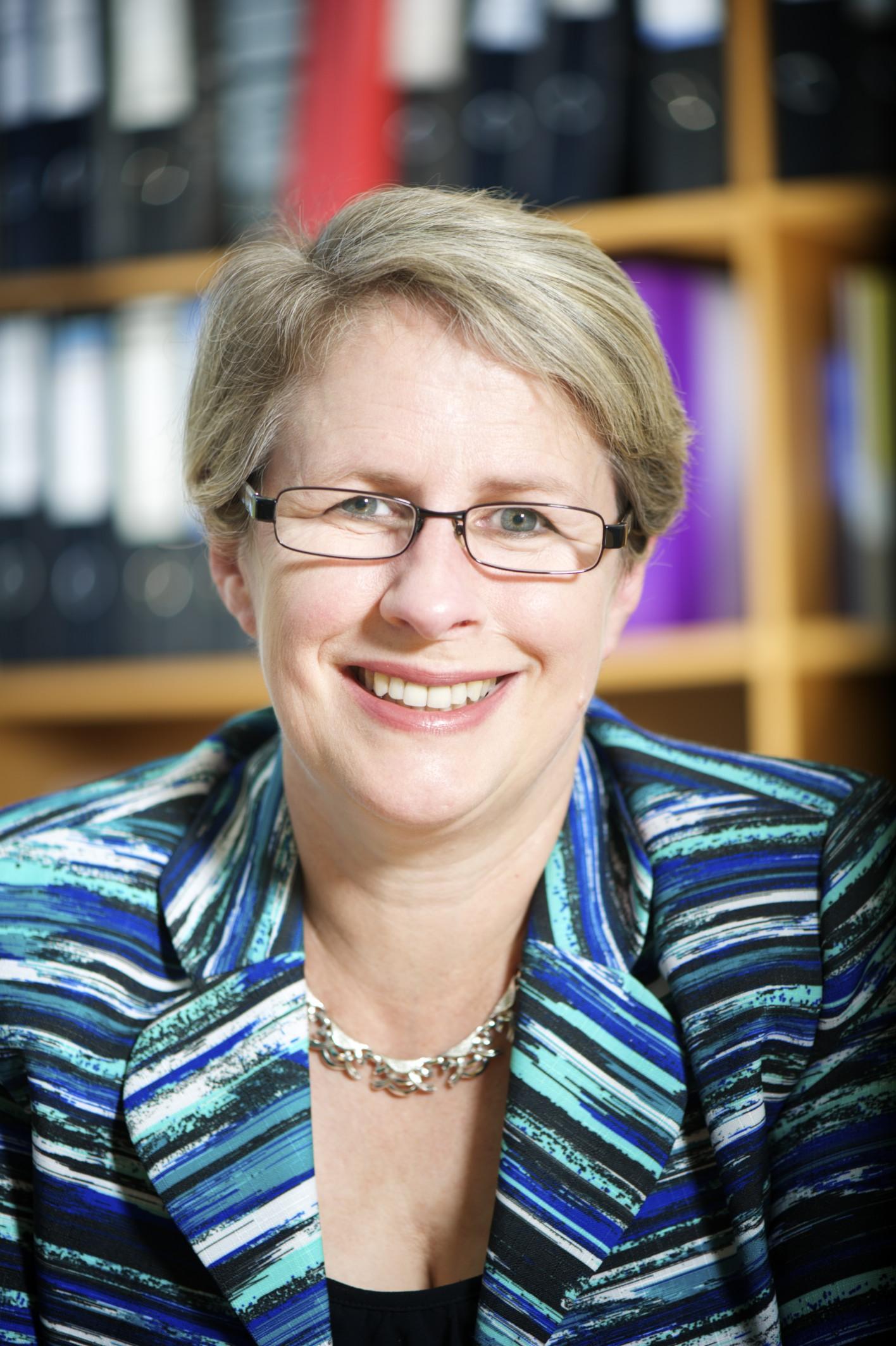Visit Profile of Professor Geraldine Mackenzie