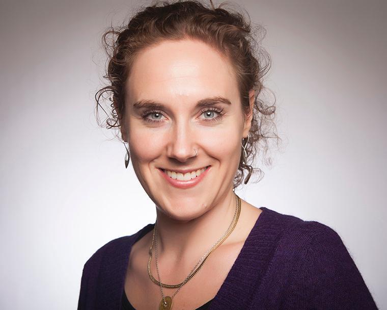 Visit Profile of Julia Voss