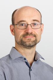 Visit Profile of Dr Paul Weldon