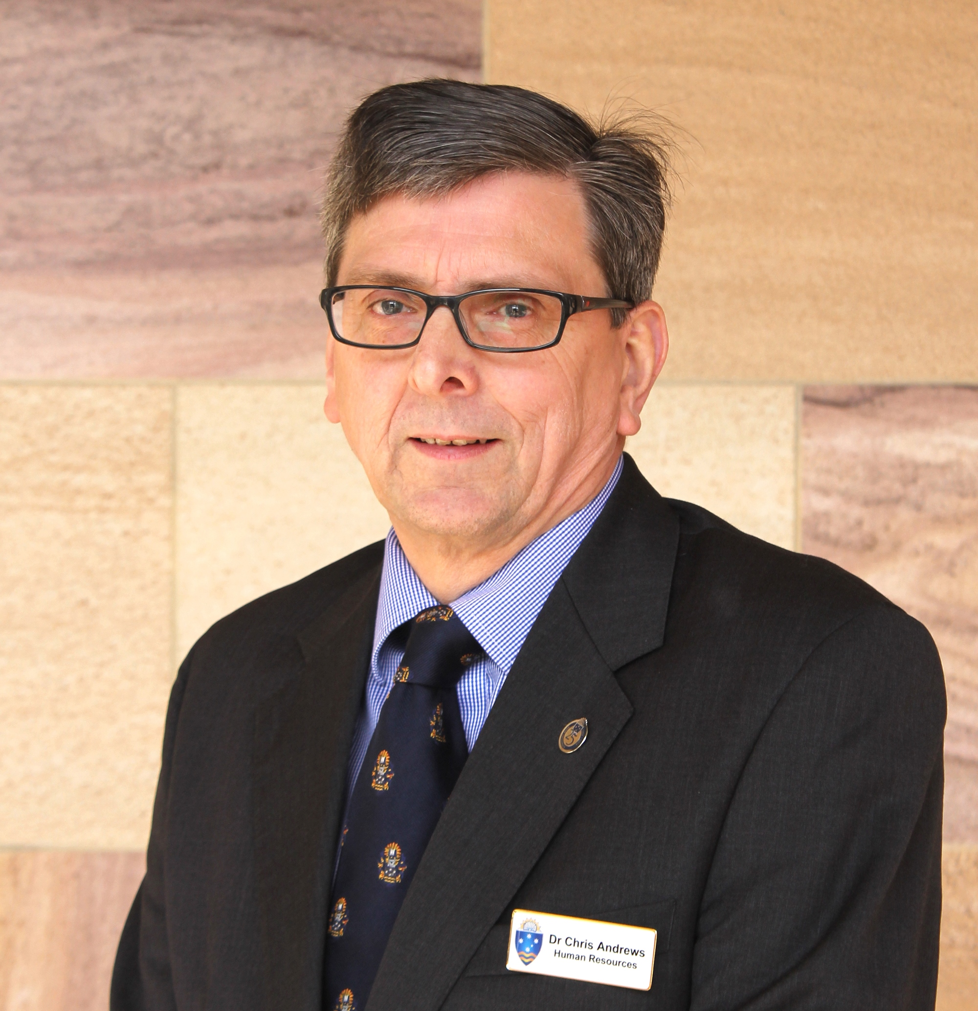Visit Profile of Dr Chris Andrews